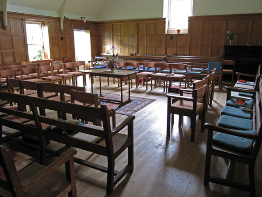 mh_interior_big.jpg Quaker Meeting House